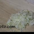 ハンバーグ作りに活用!簡単にできる玉ねぎのみじん切り レベル2